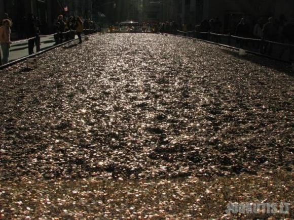 Kelias iš šimto milijonų centų
