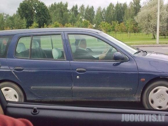 Vienuolė prie vairo
