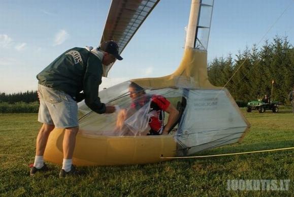 Savadarbis lėktuvas