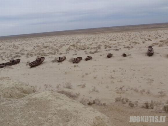 Nykstanti Aralo jūra