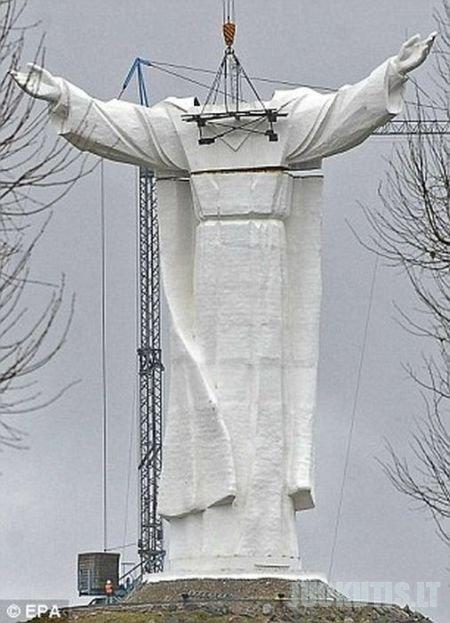 Didžiausia pasaulyje Jėzaus Kristaus skulptūra
