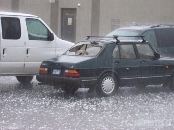 Automobiliai po krušos