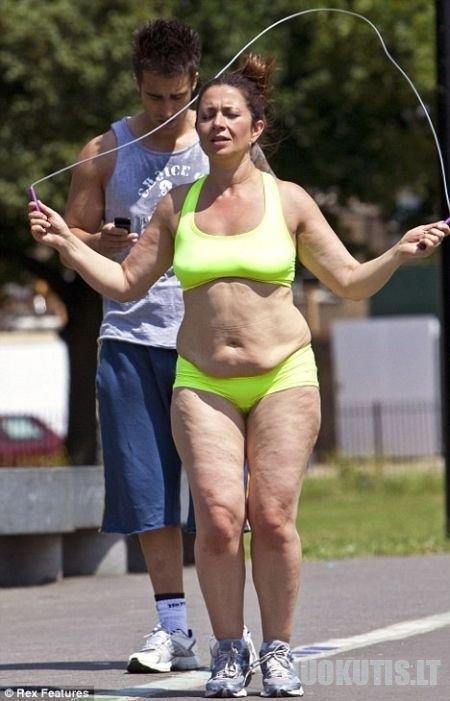 Gerai žinoma britų TV laidų vedėja Clare Nasir. Ji prarado 15 kg!