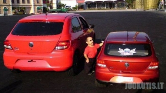 Mažam vyrui ir maža mašina