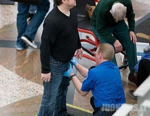 Įdomūs tikrinimai oro uoste (25 nuotraukos)