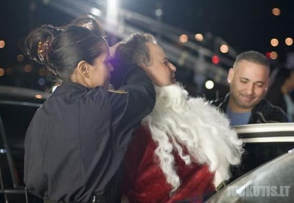 Suimti Kalėdų seneliai (14 nuotraukų)