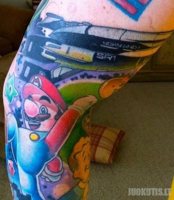 Juokingos tatuiruotės (54 nuotraukos)