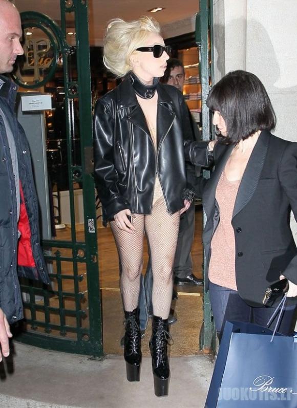 Lady Gaga išovė naują stiliuką :D (5 nuotraukos)