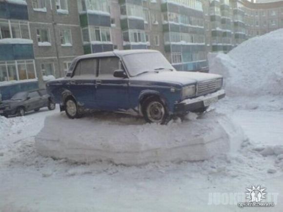 Tirpsta sniegas :) (3 nuotraukos)