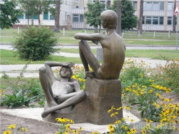 Įdomios skulptūros (9 nuotraukos)