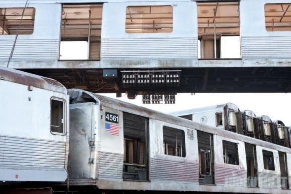 Kur dingsta seni metro vagonai ?