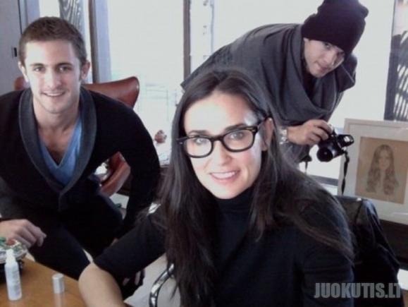 Žvaigždžių pora.Demi Moore ir Ashtonas Kutcheris