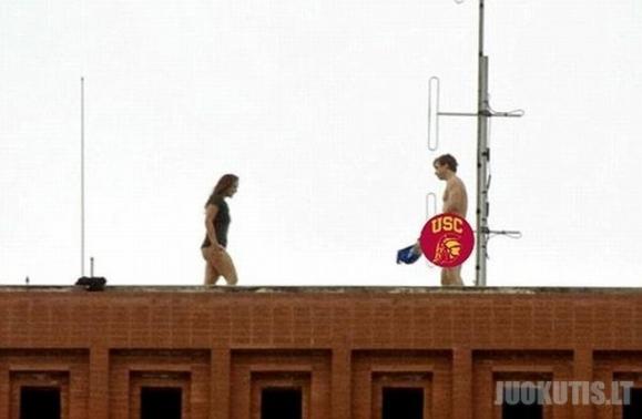Studentų orgija ant stogo