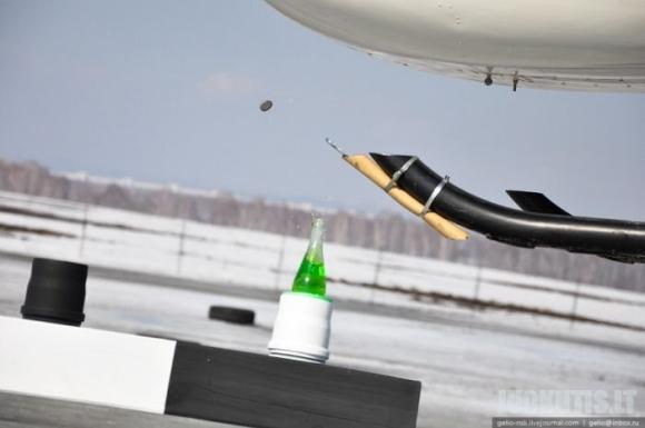 Sraigtasparnio paskirtis atidaryti butelį !