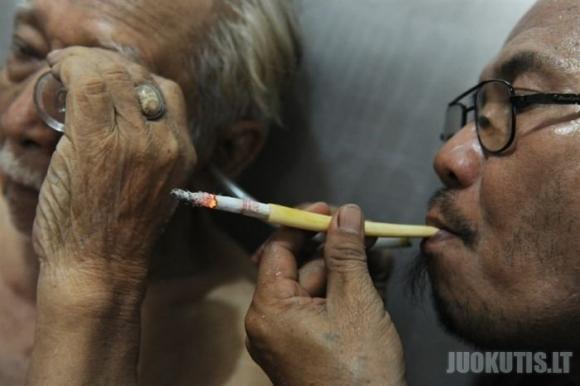 Vėžio gydymas tabako dūmais