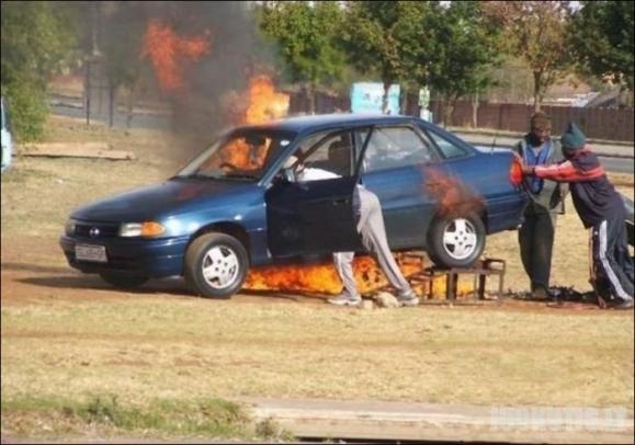 Nesėkmingas automobilio remontas