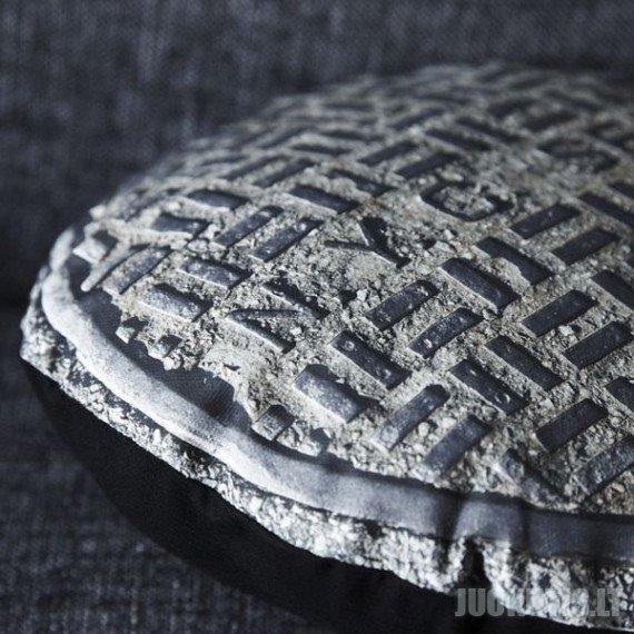 Liuko formos pagalvės