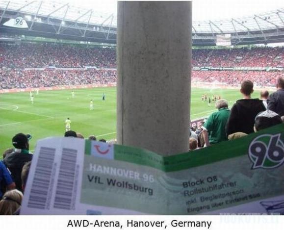 Pačios blogiausios vietos stadionuose
