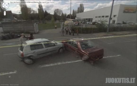Avarijų nuotraukos iš Google Street View kamerų