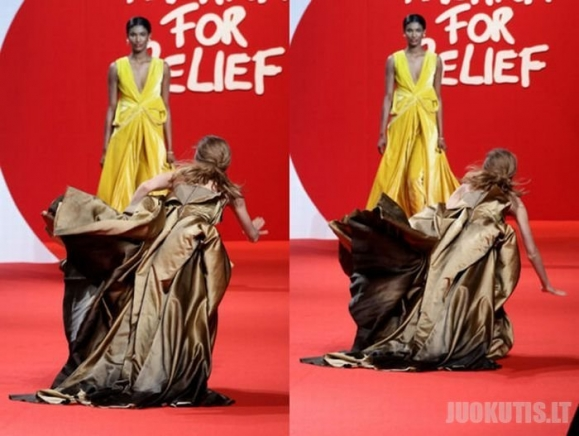 Modelis ant podiumo nukrito net 3 kartus