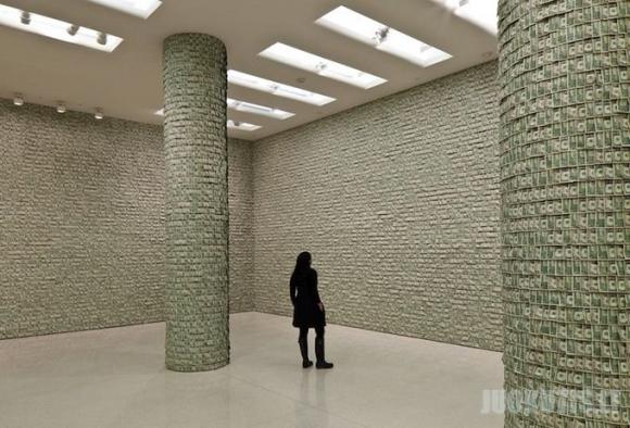 100 tūkstančių dolerių vertės kambarys