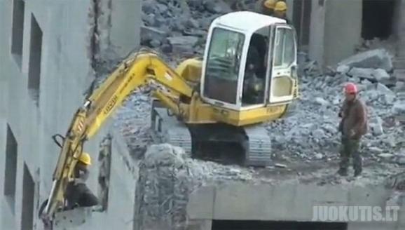 Bebaimiai kinų statybinikai