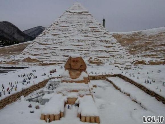 Pirmas sniegas Egipte