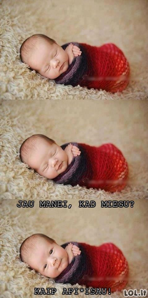 Kūdikis prie bajerio