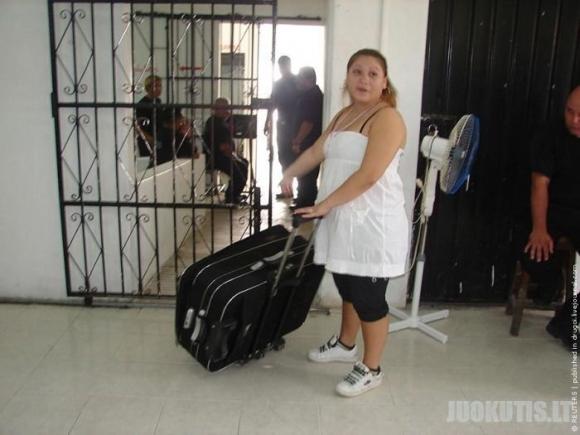 Meksikos gangsteris bandė pabėgti iš kalėjimo lagamine