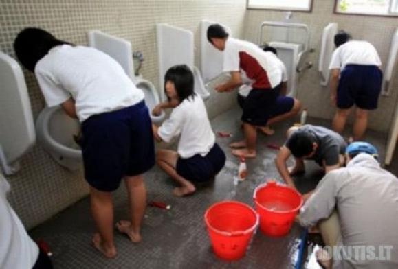 Naujos taisyklės Japonijos mokyklose