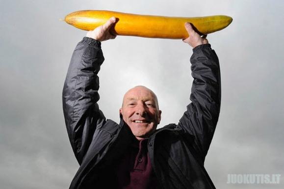 Nenormalaus dydžio daržovės