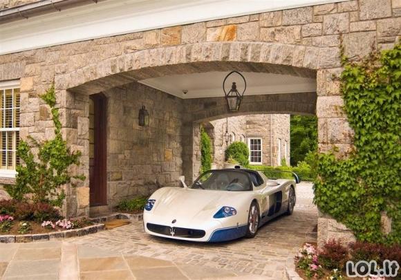 Kaip atrodo turčių garažai?
