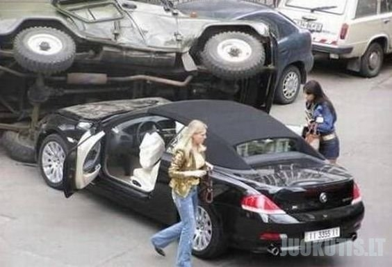 Mašina ir Mergina