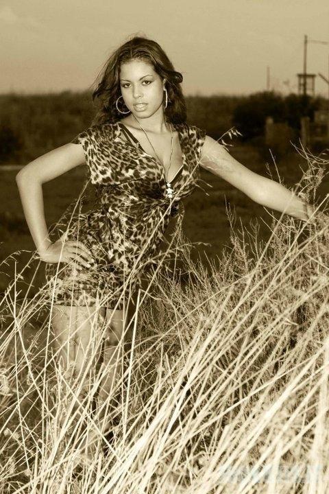 Ruby Rubacuori draugė Silva Berluskoni (17 nuotraukų)