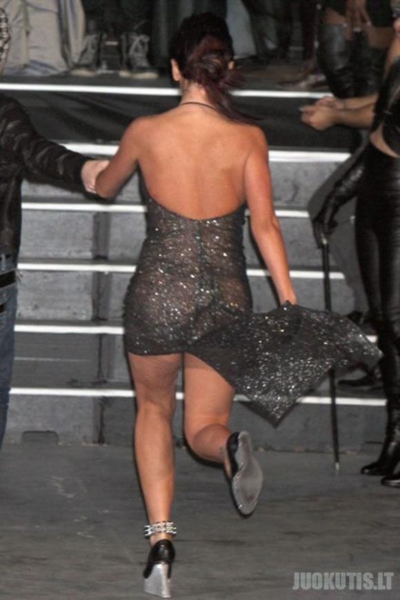 Intigruojanti suknelė (5 nuotraukos)