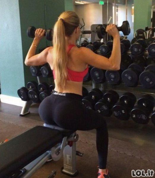 Sportiškos merginos - nuostabu!