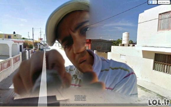 """Keisčiausios ir juokingiausios """"Google Street View"""" nuotraukos"""