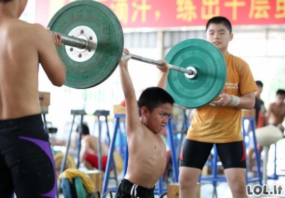Kaip Kinijos vaikai ruošiami būti olimpiečiais
