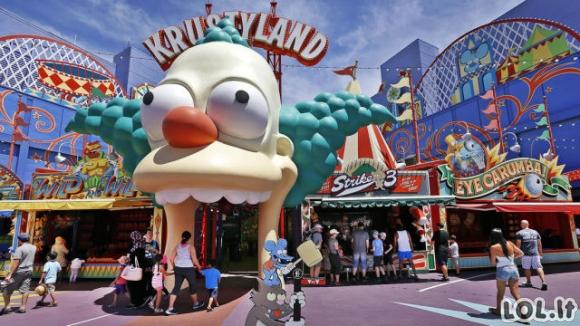 """Atidarytas """"Simpsonų"""" pramogų parkas"""