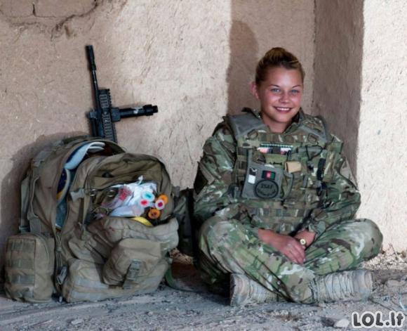 Gražutės armijos merginos