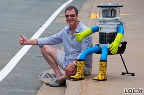 Robotas, kuris norėjo apkeliauti pasaulį