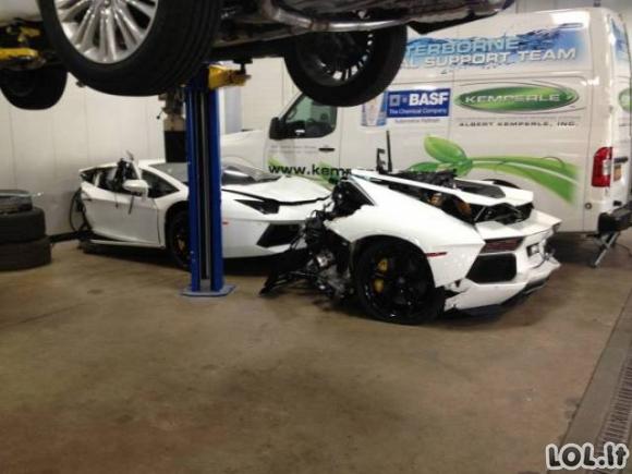 Parduodamas pigus Lamborghini