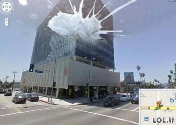 """Smagiausi """"Google Street View"""" kadrai"""