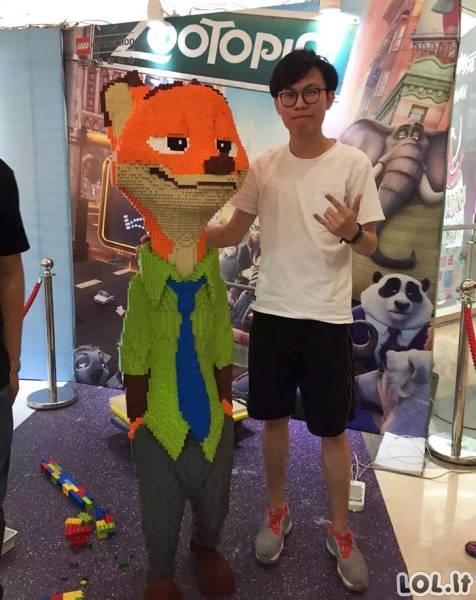 Liūdnas LEGO skulptūros likimas
