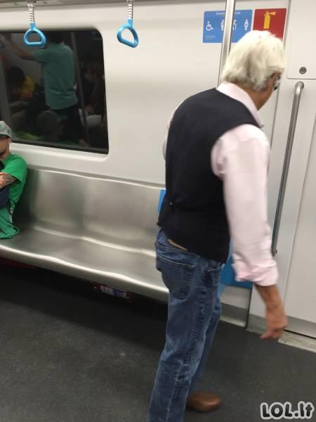Nenuvertink senukų!