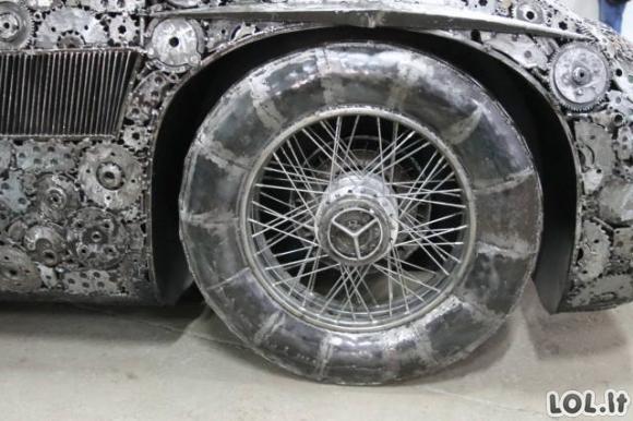 Mašinos, kurios buvo sukurtos iš metalo laužo