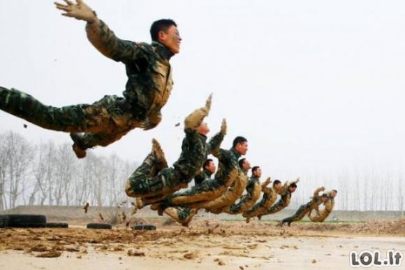 Ką turi ištverti Kinijos kariai?