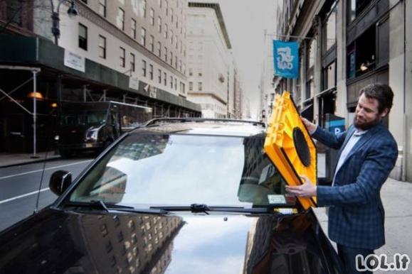 Kaip netrukus bus kovojama su ne vietoj besiparkuojančiais