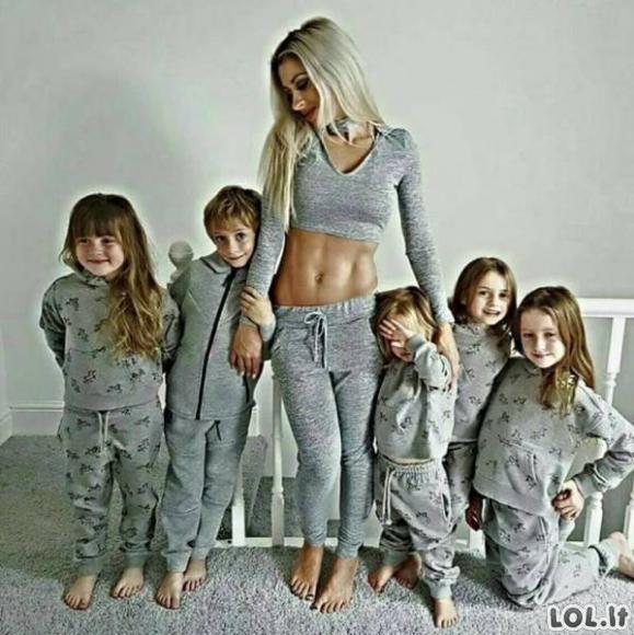 Daugiavaikė mama su tobulu kūnu [GALERIJA]