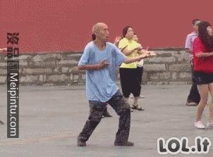 Smagiausių šokėjų GIF rinkinys